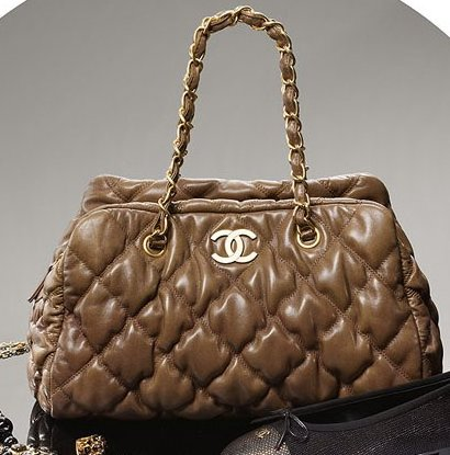 chanel cloudy effect tote
